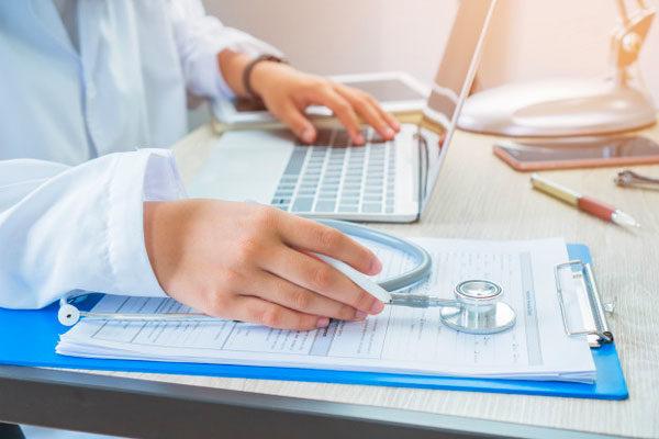 sağlık sektörü crm